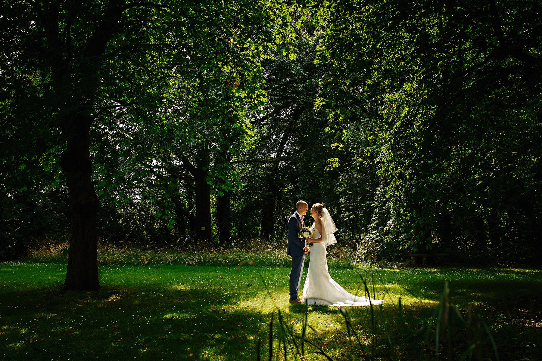 Wedding photographer in